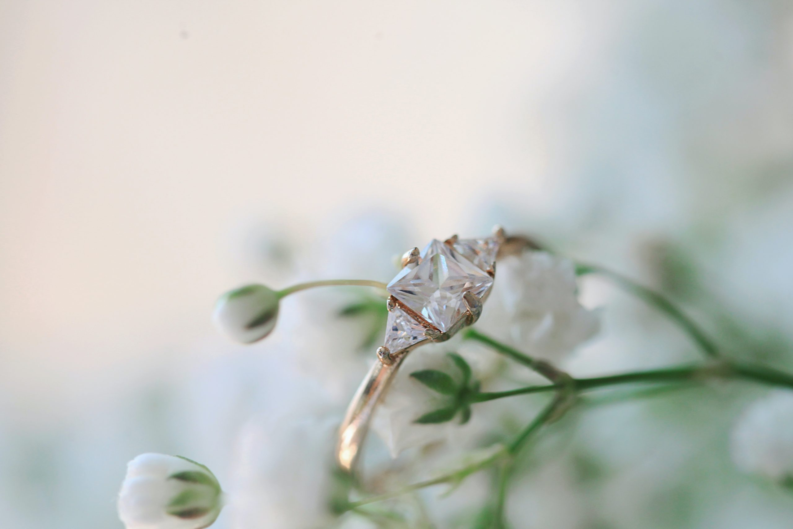 gold-colored-solitaire-ring-1449657